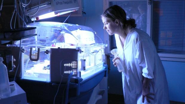 Novorozenecká žloutenka - obrázek