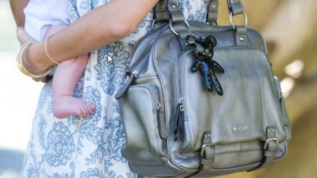 Soutěž o elegantní kabelky pro maminky IL Tutto a knihu - obrázek