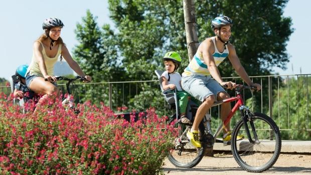 Na kole i pěšky - obrázek
