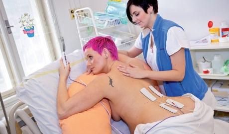 Nefarmakologické metody tlumení bolesti - obrázek