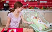 Bezpečí pro miminko poskytne profi novorozenecká postýlka MiMi - obrázek
