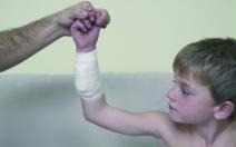 Seriál o první pomoci dítěti - 2.díl  - obrázek