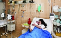Medikamentózní porod - obrázek